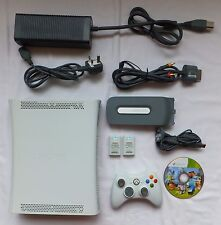 WHITE XBOX 360 60GB CONSOLE PACKAGE + 1 PAD LEADS & 1 GAME MINECRAFT DISC ONLY