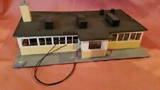 HO BUIDINGS STRUCTURES MODEL LAYOUT DINER WITH LIGHTS