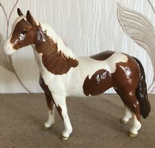 BESWICK HORSE PONY PINTO SKEWBALD BROWN & WHITE GLOSS  No 1373  PERFECT