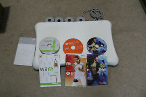 WII FIT BALANCE BOARD BUNDLE WITH FIT, ZUMBA AND ACTIVE GAMES CDS