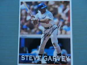 LOS ANGELES DODGERS LEGEND STEVE GARVEY AUTOGRAPHED ACTION 8x10 PHOTO