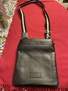 BALLY $795 100% CALF LEATHER BLACK MESSENGER BAG W/ADJUSTABLE STRAP - NEW !