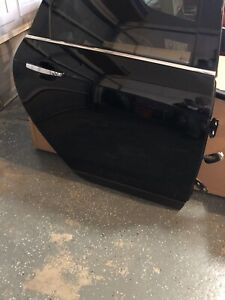 2010 2014 CADILLAC SRX REAR PASSENGER SIDE DOOR BLACK