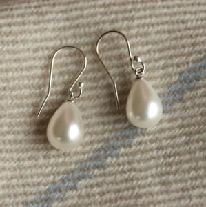 Handmade 925 Sterling Silver Freshwater Pearl Drop/Dangle Earrings