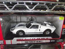 New ListingShelby 1/18 1966 Ford Gt40 Mkii white Nib