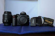 Nikon D D5000 12.3 MP. 18-55mm VR lens. Fully functional.