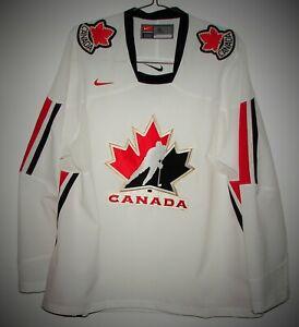 NIKE Team CANADA IIHF Ice Hockey Replica Jersey White Size XL