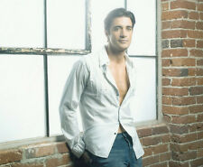 Gilles Marini UNSIGNED photo - 2689 - HANDSOME!!!!!
