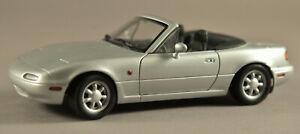 Silver Metallic MAZDA MX-5 Miata GATE 1:18 Diecast model Left Hand Drive NA