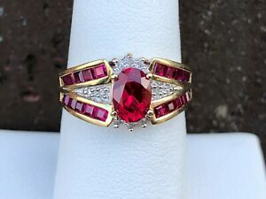 10K YELLOW GOLD RUBY AND DIAMOND LADIES RING SIZE 7.25
