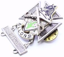 11th Armored Cavalry Badge Crest Pin Rifle Bar US Army ACR Medal Insignia