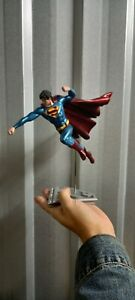 DC Collectibles Superman The Man Of Steel Statue (Broken)