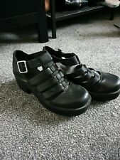New Look Cut Out Buckle Chunky Shoes Size 5