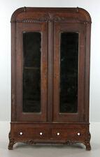 C1930s Art Deco American Oak Linen Press Lot 1081