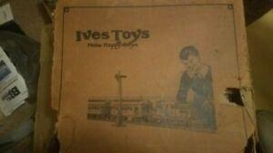 Ives 3254R O gauge Tinplate train set with original box, RARE 1927 Tan set!!