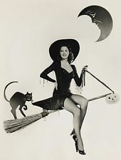 Ava Gardner Halloween Pin up High Quality Metal Magnet 3 x 4 inches 9210