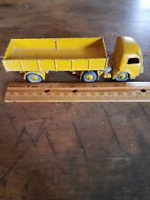 Dinky Toys Tracteur Panhard French tractor tracteur trailer