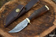 Custom Damascus Steel Skinning Hunting Knife Handmade With Walnut Handle (A907)
