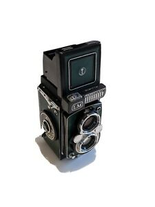 Yashica Mat LM TLR 120 camera. Fully refurbished. CLA'd and film tested.