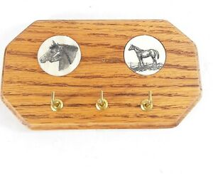 Wooden Wall Key Holder Rack Horses Scrimshaw Horn Oak Western 3 Hooks