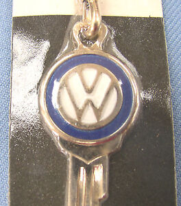 VW Yellow Gold Plated Vintage Key / Key ring Volkswagen 1995 1996 1997 1998 1999