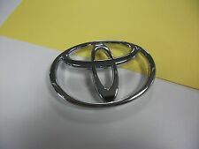 2001- 2004 TOYOTA TACOMA FRONT GRILLE EMBLEM NEW OEM 75311-04040