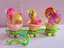 Hasbro My Little Pony Breezies Parade Orange Flower Pink Petals Dancing Daffodil