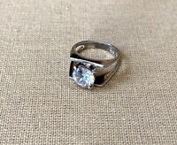 Sterling Silver 925 With Main Cubic Zirconia Gemstone Ring Size 9