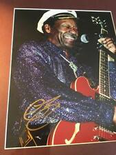 CHUCK BERRY - STUNNING GENUINE HANDSIGNED AUTOGRAPH - AFTAL REGISTERED DEALER