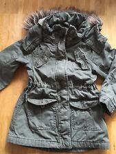 Mädchen Winter Jacke/Mantel Gr.116 Olivgrün Von H&M Guter Zustand!!!