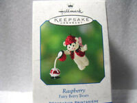 2001 Hallmark RASPBERRY #3 in the FAIRY BERRY BEARS Series Easter Spring