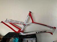 "2010 Trek Top Fuel 8 FS MTB Bike Frame 21.5"" XLarge Softtail FullSuspension Disc"