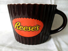 REESE'S PEANUT BUTTER COLLECTABLE CERAMIC MUG LARGE  M4