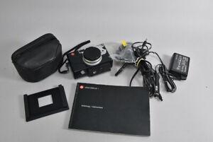 h12d61- Leica Digitalkamera mit verschiedenem Zubehör