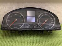 COMPTEUR VW GOLF 5 - Référence  1K0920862B