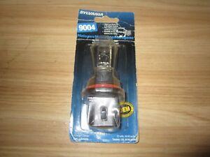 SYLVANIA 9004 Basic Halogen Headlight Bulb, (Contains 1 Bulb)