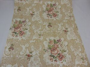 TRIPLE ROLL WALLPAPER IMPERIAL DISNEY LIGHT ALMOND BASED WINNIE THE POOH FLORAL