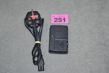 Genuino Original Sony BC-CSN Cargador de batería 4.2V 0.25A DSC-W380 DSC-TX5 DSC-WX7