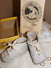 VINTAGE ***WEE WALKER***  SHOES (WHITE) with LACES-BOOKLET