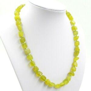 Außergewöhnliche Edelsteinkette aus Lemon-Jade in Kugelform Ø-12 mm