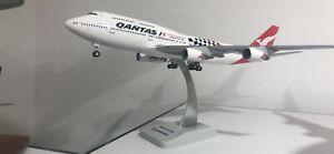 Qantas Boeing 747 1:200 Solid Resin Model