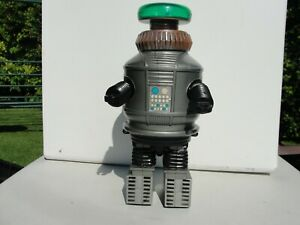 VINTAGE ROBOT FROM 1977  USED UNBOXED