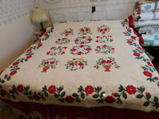 vintage quilt  77 x 92 queen, applique, hand quilted  with detachable bed ruffle