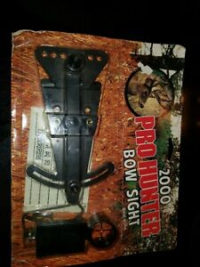 """VINTAGE  """" PRO  HUNTER """"   2000  BOW  SIGHTS  -  MADE  IN  USA NEW"""