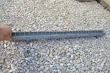 Mangeoire 1m00 zinc pour volaille (Autres possible) A détourner néon, jardinière