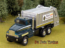 Die Cast City Garbage Truck Waste Mgmt O Scale 1:48