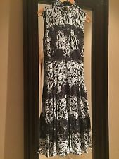 Dolce & Gabbana Black & White Floral Print Fitted Dress - 10 US 46 IT NWT $4645