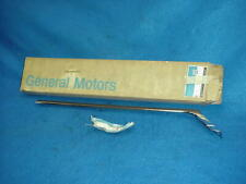 NOS 1965 65 OLDSMOBILE DELTA 88 LEFT HAND LH REAR FENDER LOWER MOLDING GM 389333