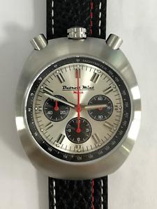 Detroit Mint Mach Bullhead Chronograph Citizen Quartz 40mm Brushed Silver Panda