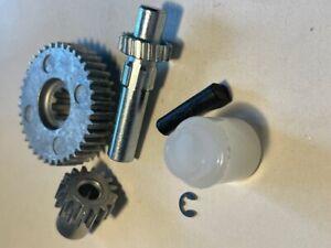 Remis Vario 11 Gear Wheel Kit For Rooflights  Part No I662